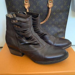 Sbicca Western Leather Bootie